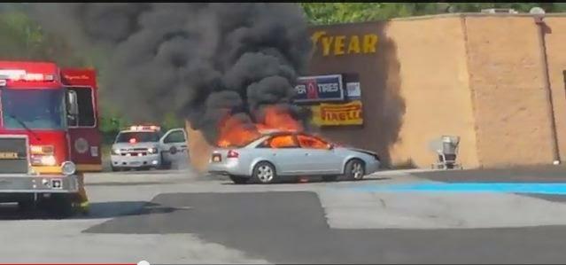 captado por mi un carro envuelto en llamas cerca de ventas de neumaticos