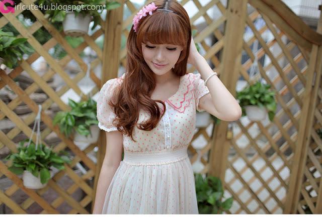 1 Fence-Very cute asian girl - girlcute4u.blogspot.com