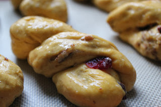 Pumpkin-cranberry-pecan twists
