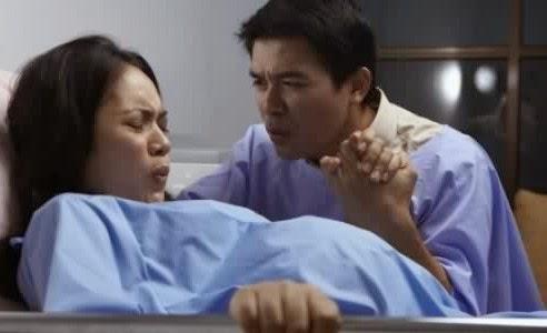 proses kelahiran bayi