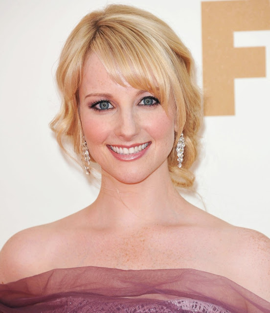 south mp3 songs: Melissa Rauch hot hd wallpapers