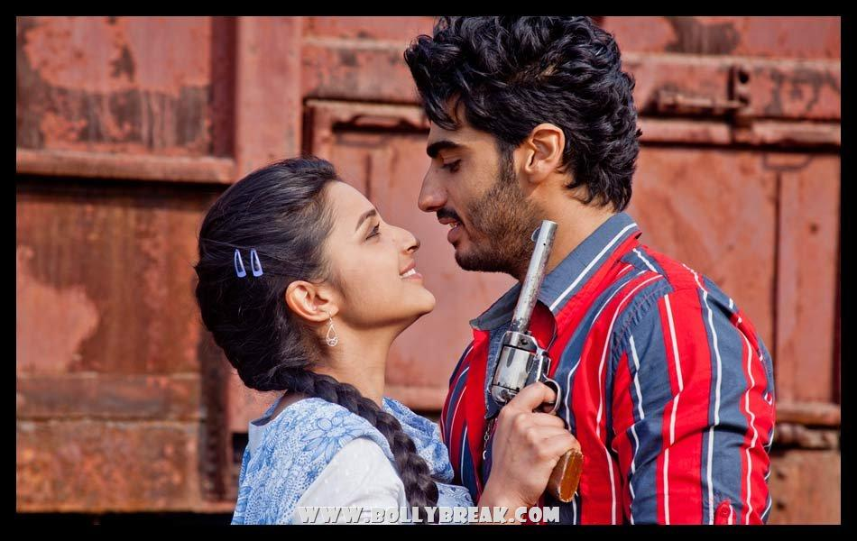 Parineeti chopra with Gun Ishaqzaade - (5) - Parineeti Chopra Ishaqzaade Wallpapers