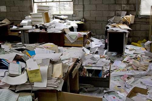Limiter le gaspillage du papier et des vêtements