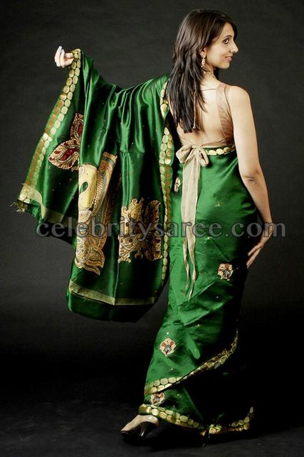 Green Saree with Stylish Knot Blouse