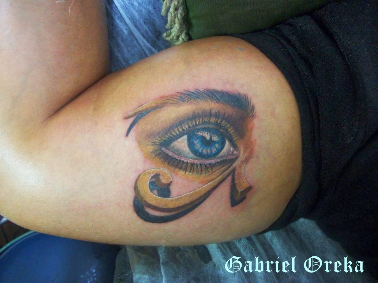 tattoo olho com sombra no braço
