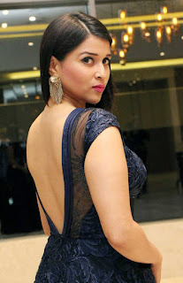Mannara Chopra (2).jpg