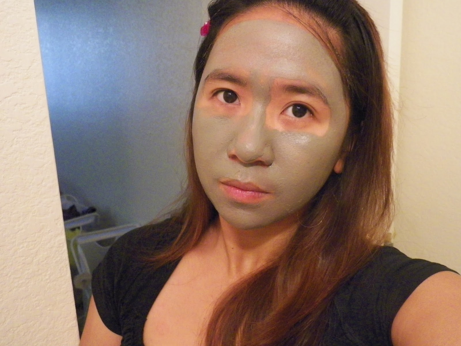 how to make my pores smaller at home