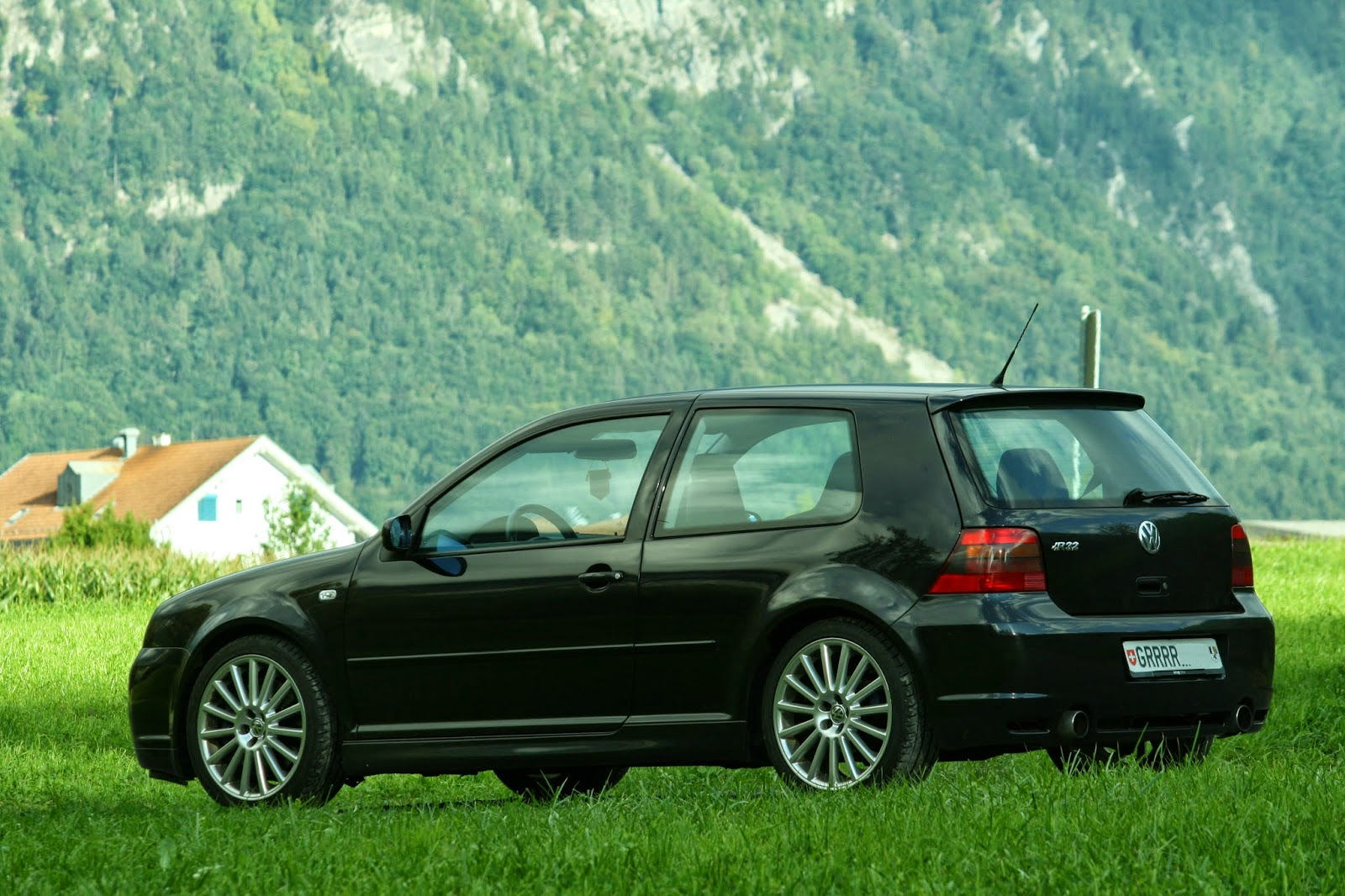 volkswagen golf iv r32 duck cars. Black Bedroom Furniture Sets. Home Design Ideas
