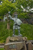 Bod Roy monument, Scotland. Памятник Роб Рою, Шотландия.