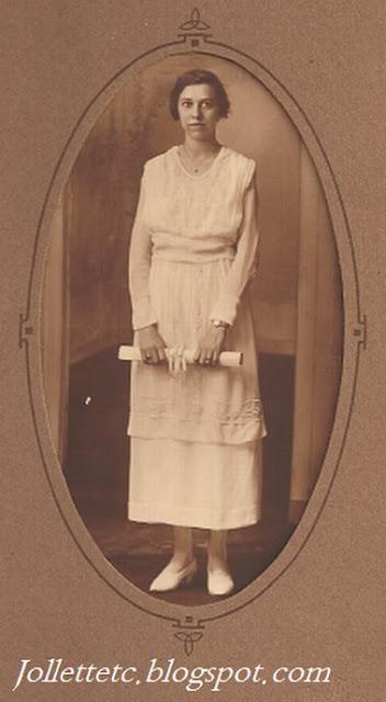 Elta G. Sullivan Farrar before 1920