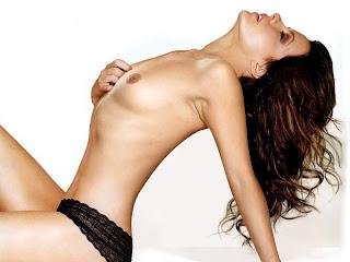 Kate Beckinsale sexy nude Underworld Awakening photo shoot HQ