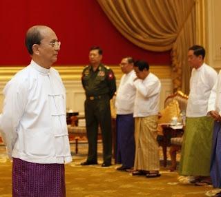 ဘယ္ေတာ့လဲ ဘယ္မွာလဲ စစ္မွန္တဲ့ ဒီမိုကေရစီ စစ္မွန္တဲ့ အေျပာင္းအလဲ  (Tu Maung Nyo)