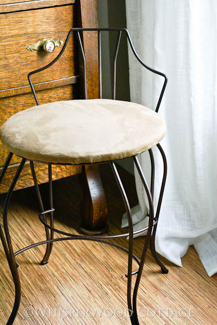 Oil Rubbed Bronze Chairs ~ Whisperwood cottage oil rubbed bronze vanity chair makeover