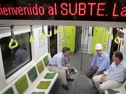 Mauricio Macri en los nuevos vagones de la línea A del subterráneo