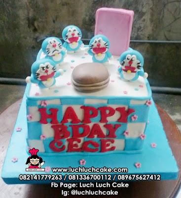 Kue Tart Doraemon Fondant