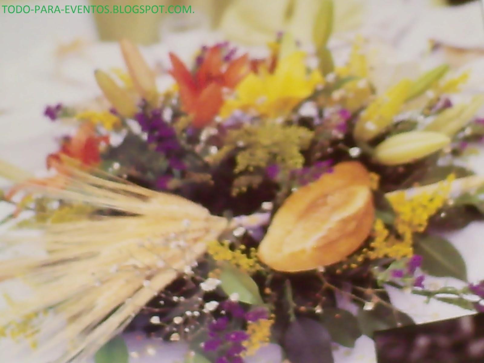 Con Lilys en color naranja y amarillo,nube y florecitas en morado y