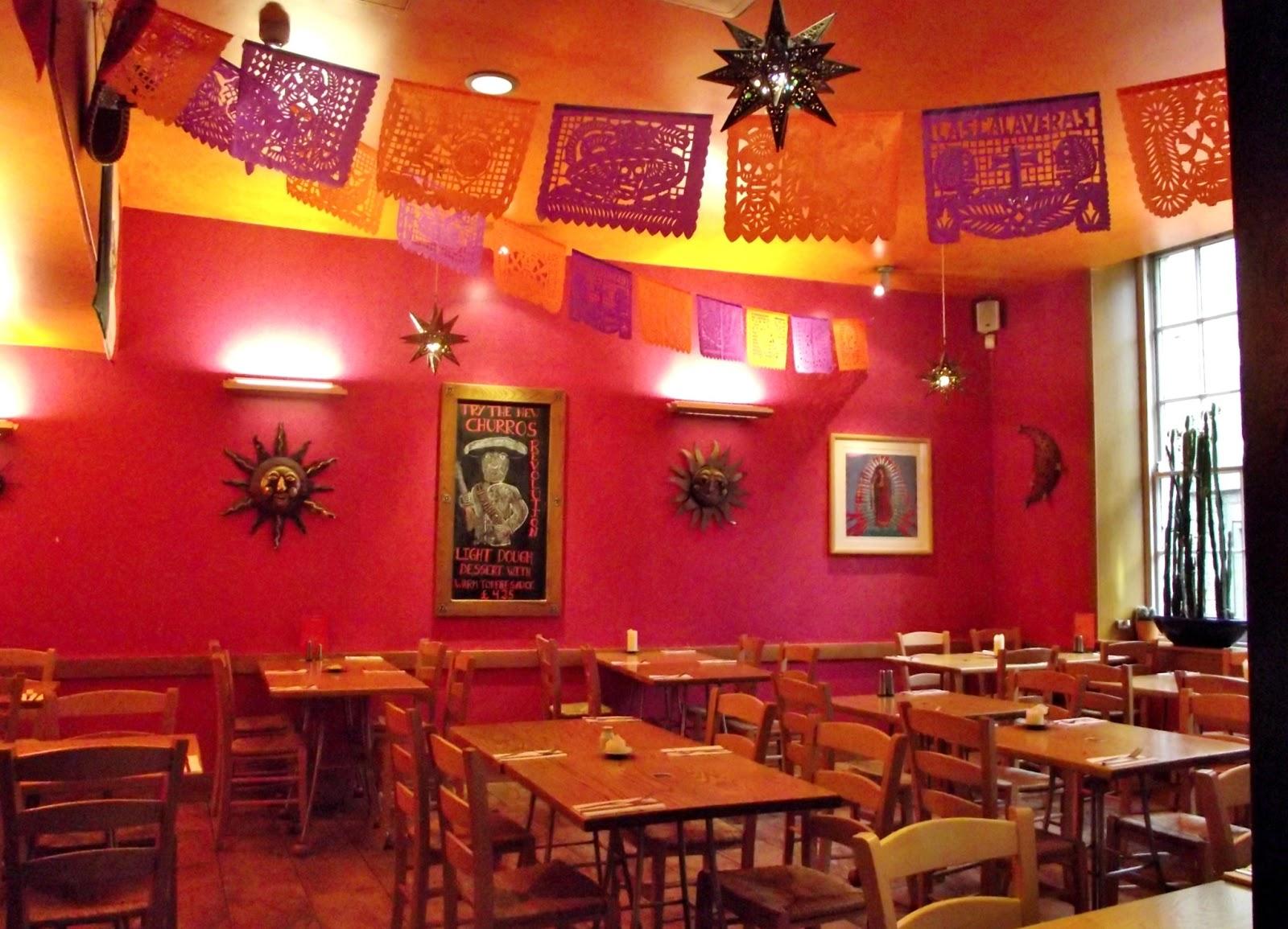 Bon voyage restaurante pancho villas en la ciudad de for Decoracion mexicana