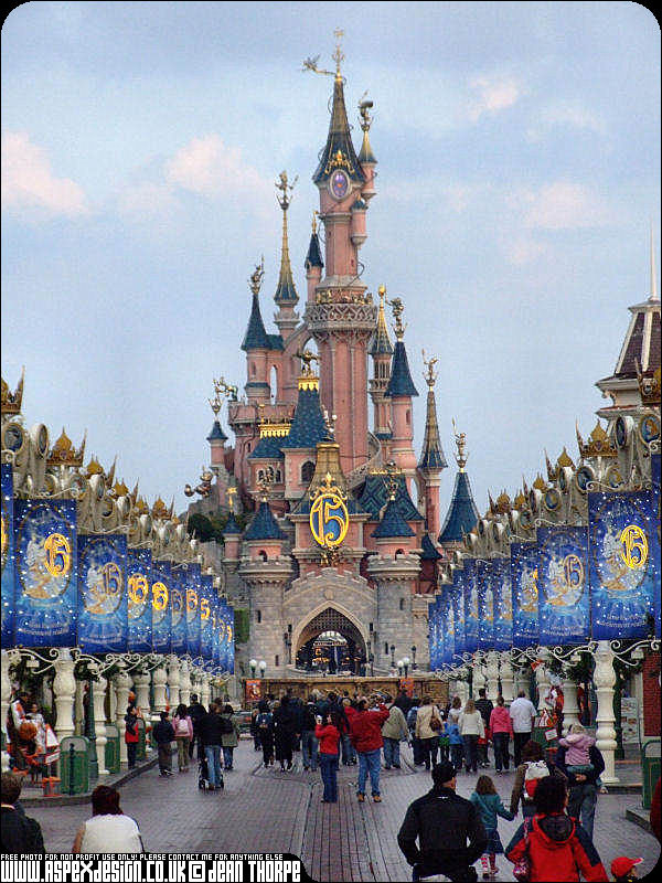 Secrets of Disneyland Paris
