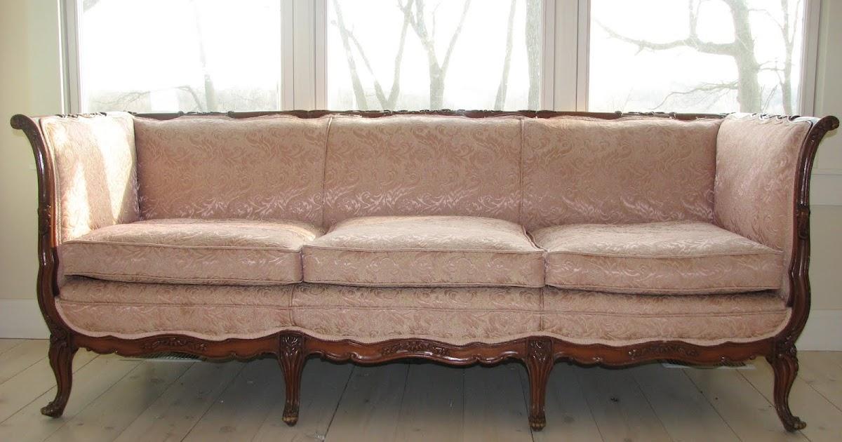 Mimi 39 S Vintage Charm My Vintage Pink Sofa