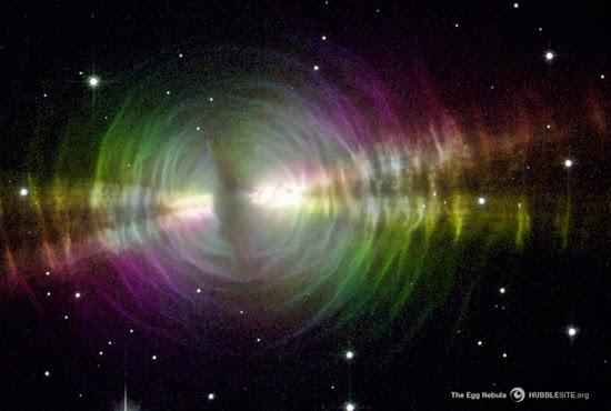 Nebula Telur: Pelangi di Luar Angkasa