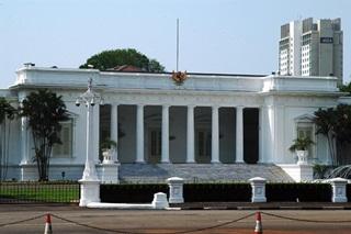 7 Tempat Bersejarah Di Indonesia
