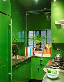 Kelly Green Lacquer Kitchen Cabinets