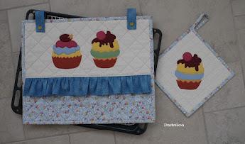 Одеялко для пирога или декор на духовой шкаф.