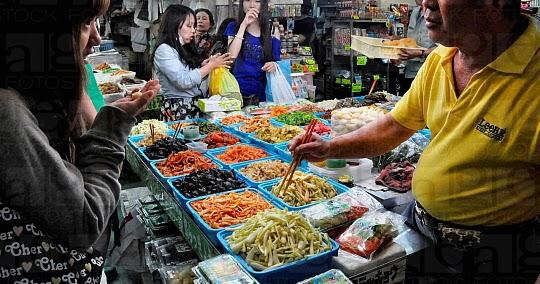 Un italiano a okinawa il mercato makishi tempio del pesce fresco - Pesci comuni in tavola ...