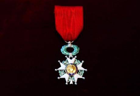 Elaine Sciolino awared the Chevalier de Legion d'Honneur