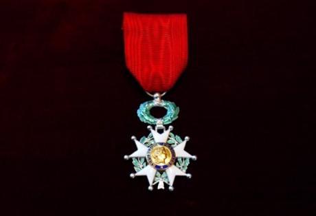 Elaine Sciolino awared the Chevalier de Legion d'Honneur