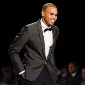 Chris Brown - She Can Get It Lyrics | Letras | Lirik | Tekst | Text | Testo | Paroles - Source: mp3junkyard.blogspot.com