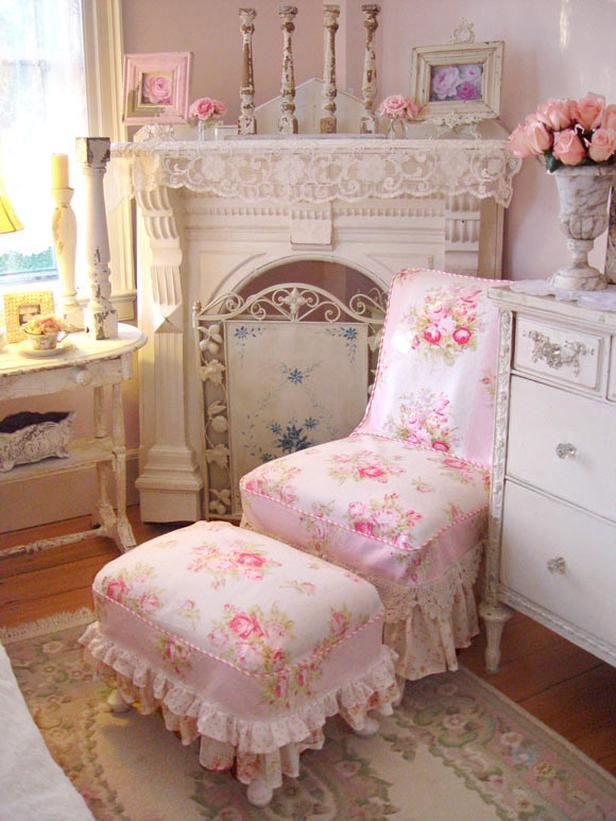 The use of flowers in the shabby chic look flowers from for Photo shabby chic