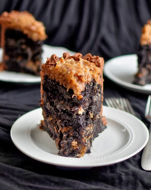 Images German Chocolate Cake : Yammie s Glutenfreedom: Gluten Free German Chocolate Cake