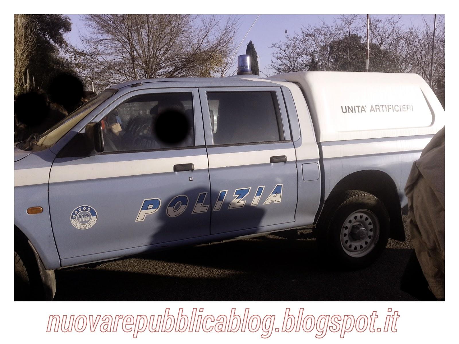macchina artificieri polizia