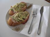 アスパラと生ハムのオープントースト