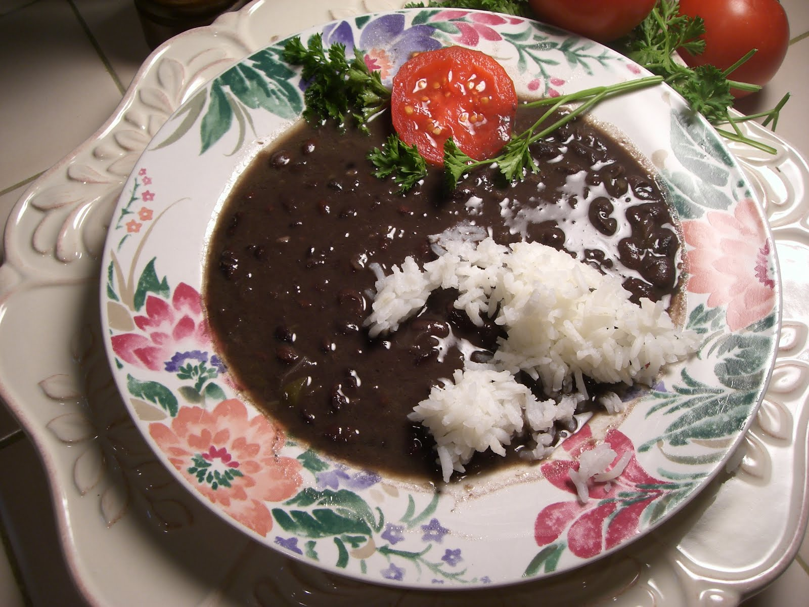 FRIJOLES NEGROS-Cuban Black Beans   mmmm...Cuba