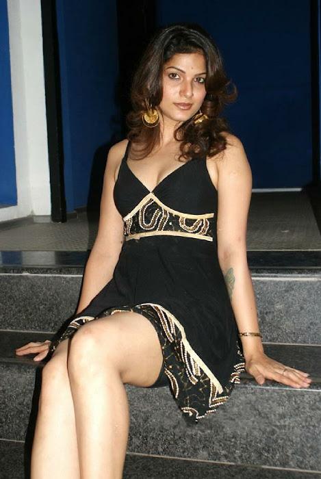 filmtv serial tarika exposing her s hot images
