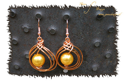 Handmade Celtic Wire Knot Earrings by Gunadesign
