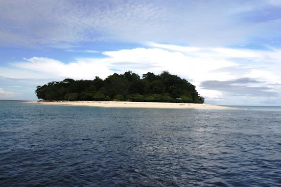 Lihaga Island, North Minahasa Regency, North Sulawesi, Indonesia. AeroTourismZone