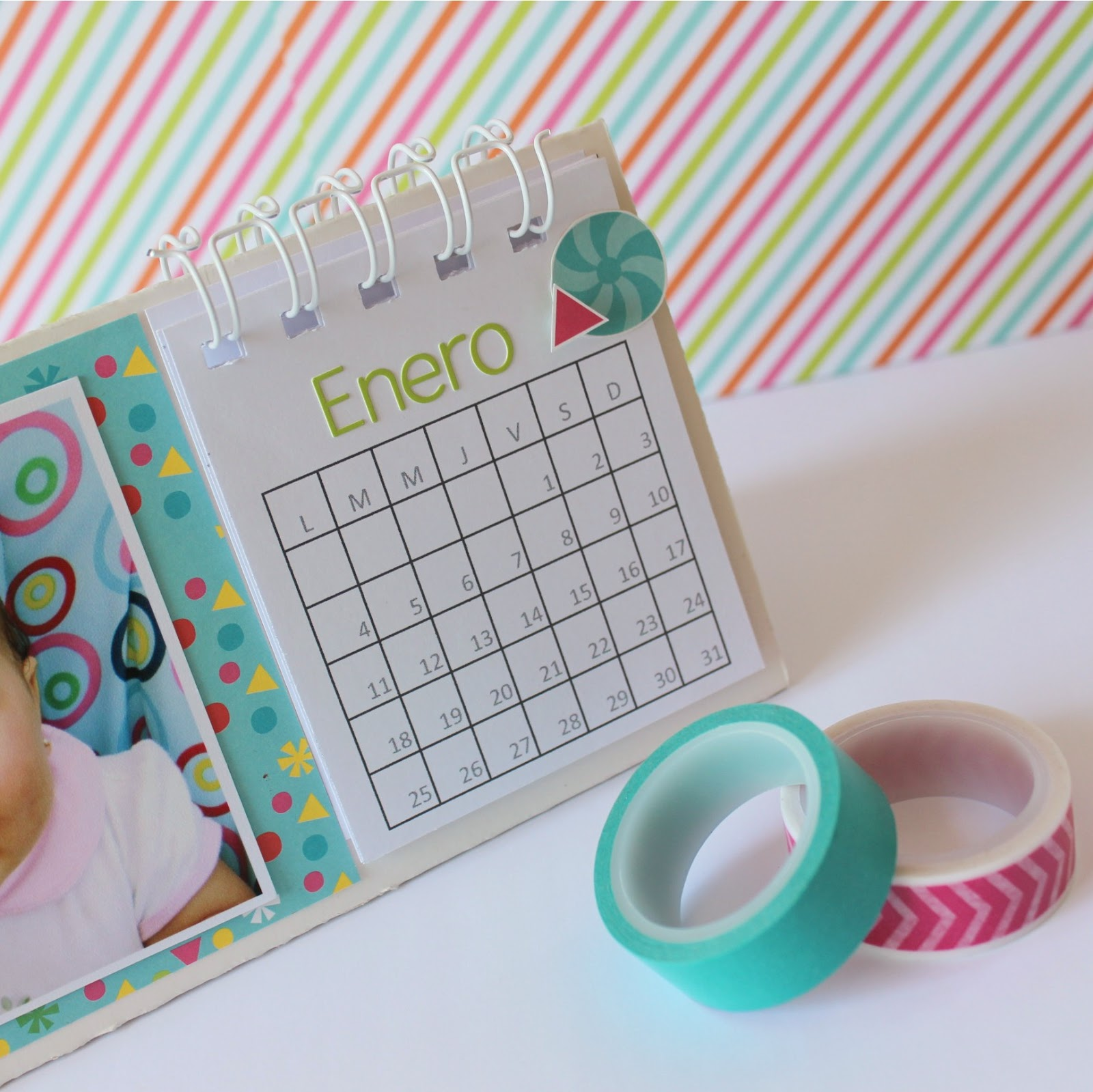 me gust mucho hacer este calendario creo que har varios para regalar a mis cercanor estas fiestas qu tengan un bonito inicio de semana