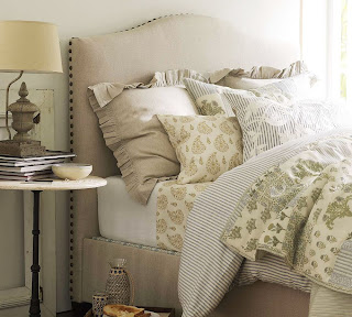 Raleigh Camelback Bed & Headboard with Nailhead