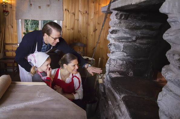 Crown Princess Victoria of Sweden, Prince Daniel and their daughter Princess Estelle shared a christmas message. The Swedish royals released a one-minute video on their official Facebook page on Friday