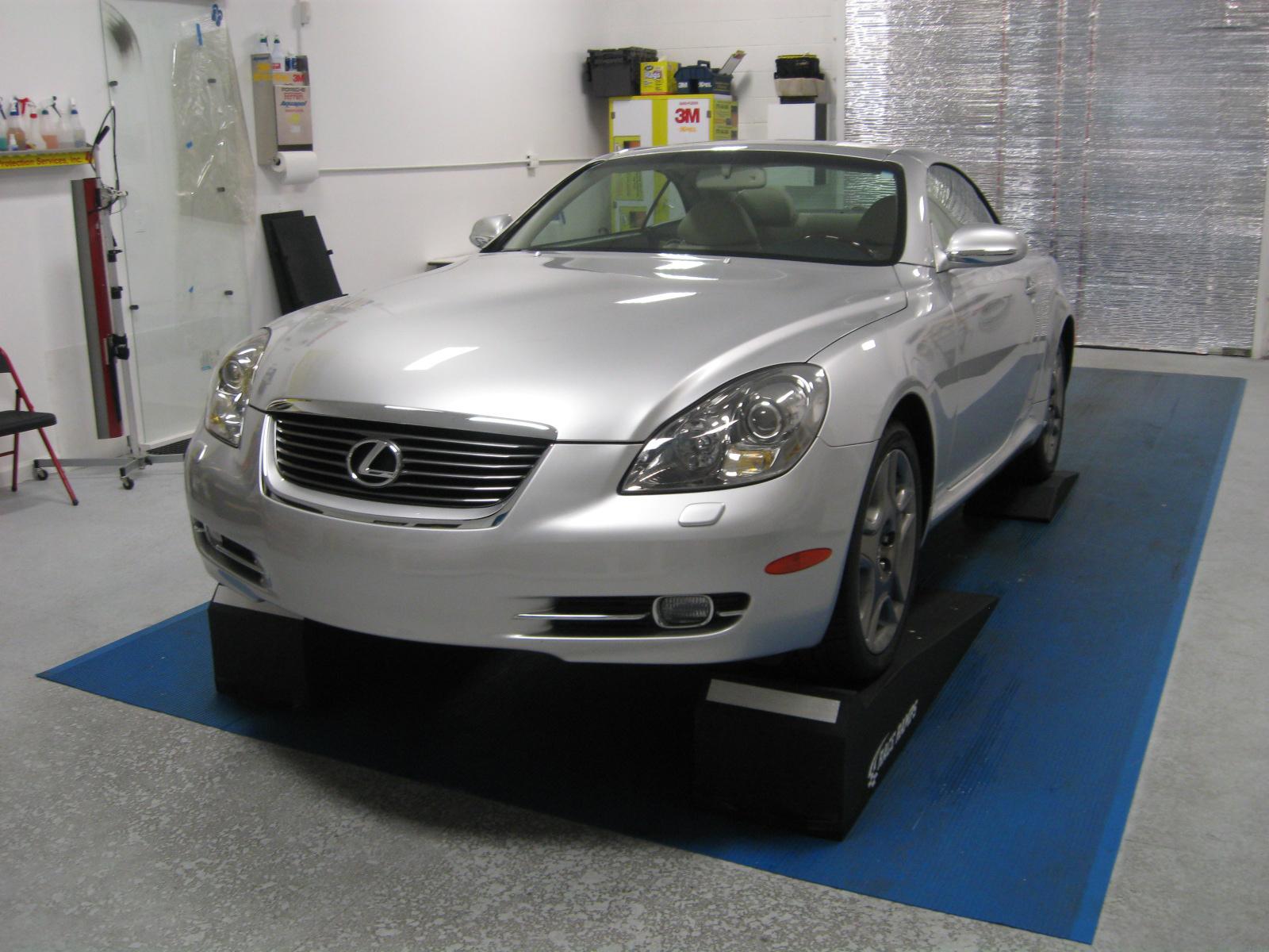http://3.bp.blogspot.com/-bqJPKyNosA4/TsfbQq6h8HI/AAAAAAAAAQo/B5JWmOuRqx0/s1600/Lexus+SC430.jpg