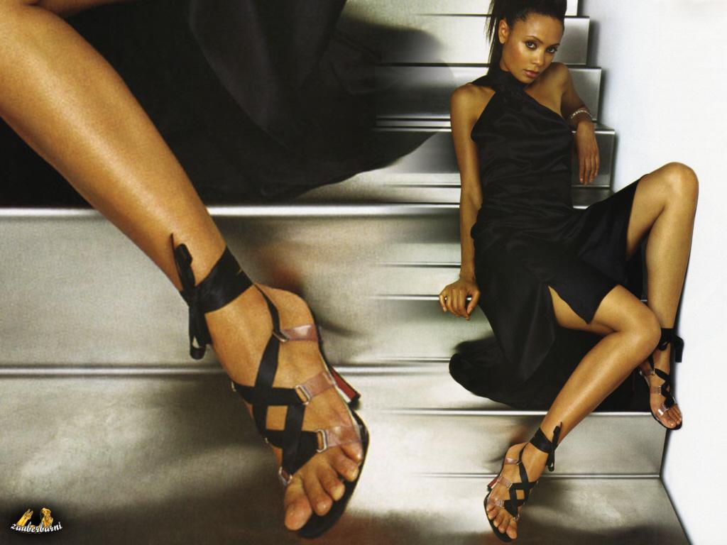 http://3.bp.blogspot.com/-bqLQtz8Ncyc/TjbnynZvG_I/AAAAAAAAB-o/lCBzsRxx244/s1600/Thandie-Newton-Feet-59164.jpg