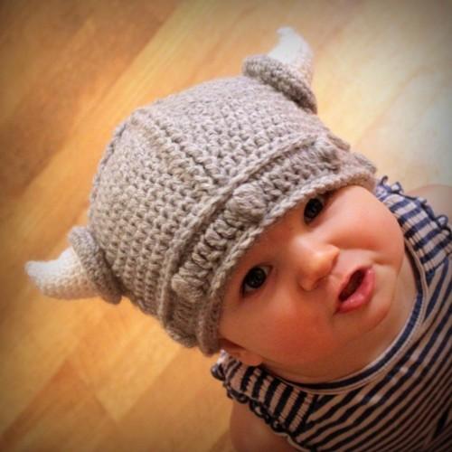 Probably Not Martha: The Viking Helmet: Crochet Pattern to Knit Pattern