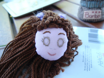 Face - eyes outlined in slipstitch