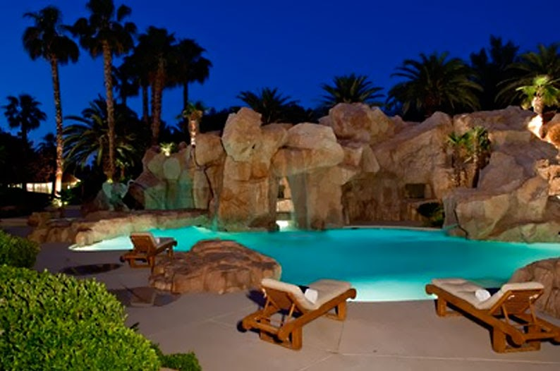 Welcome to jake 39 s architecture world the ultimate - Playboy swimming pool ...