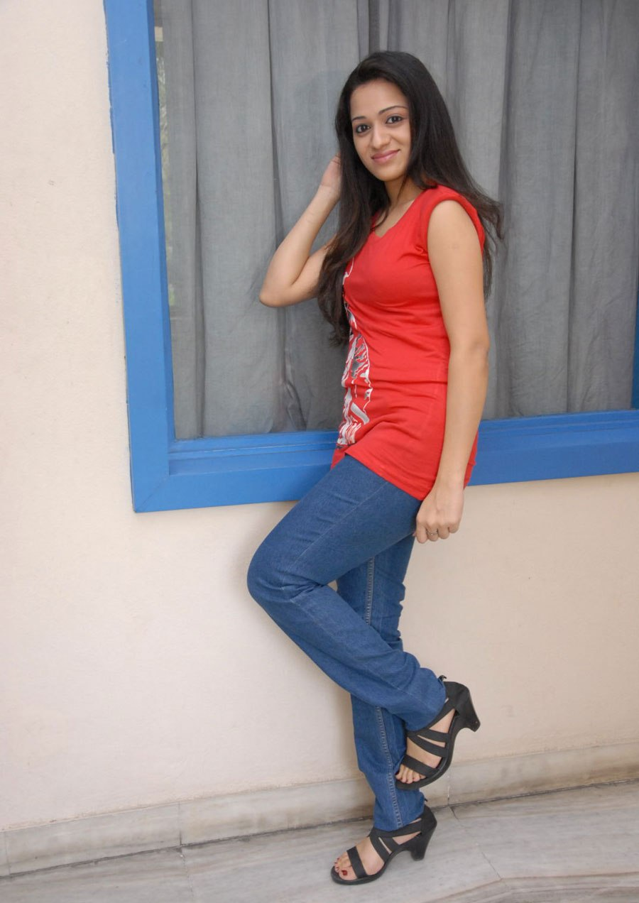 Single and free reshma 2