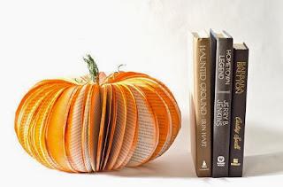 Decoracion Para Halloween con Libros Reciclados, II Parte