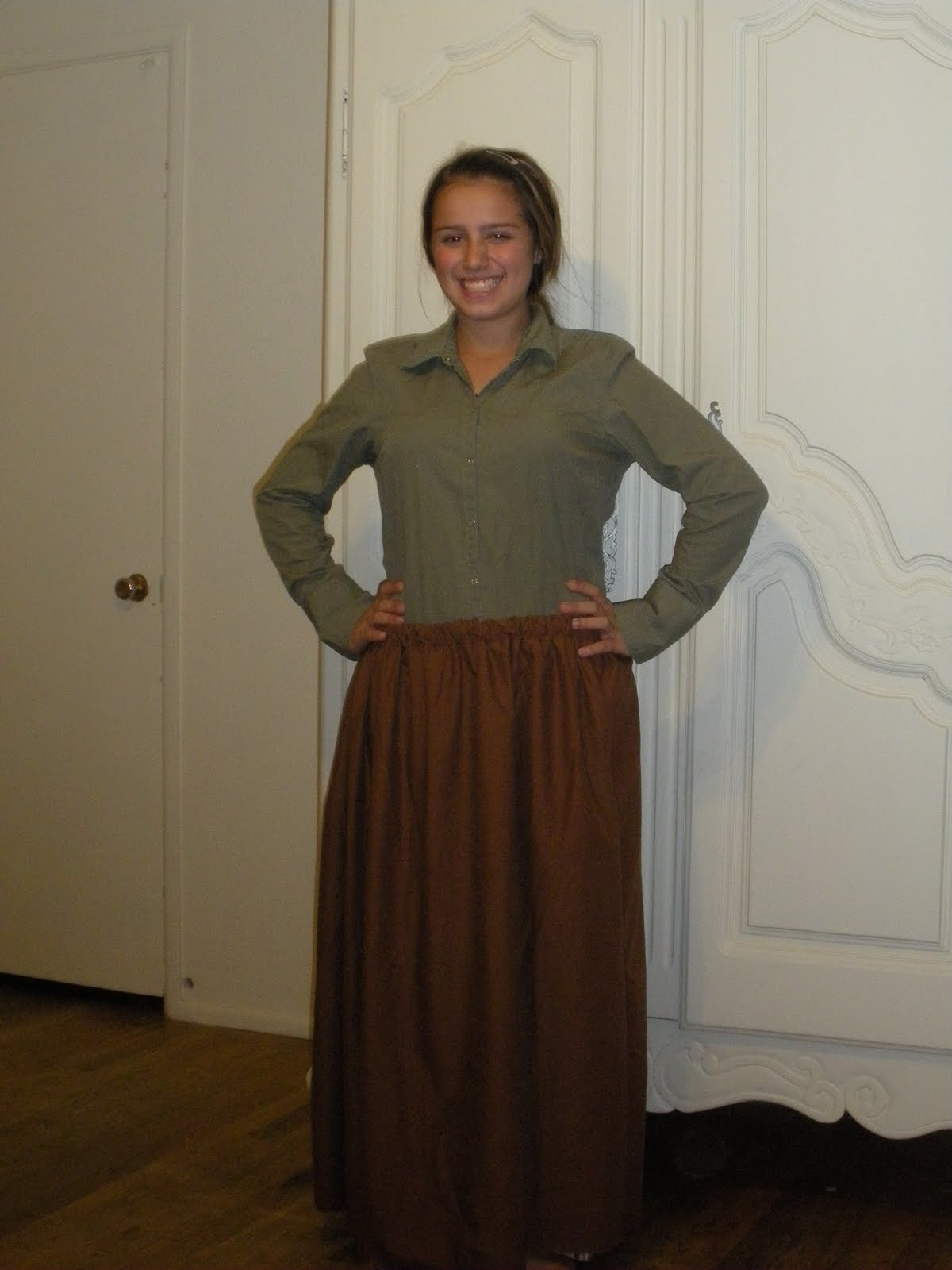 pioneer outfit. easy pioneer trek skirts from thrift store sheets \u0026 my own outfit
